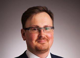 Jakub Korczak, Wiceprezes ds. Relacji Inwestorskich i Dyrektor Operacji w Europie Środkowo-Wschodniej