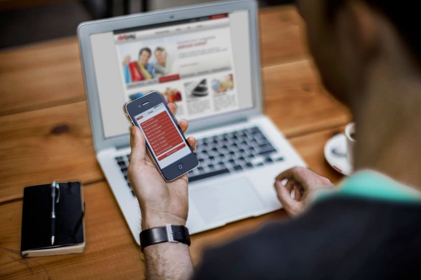 E-święta, czyli z telefonem na zakupyE-święta, czyli z telefonem na zakupy