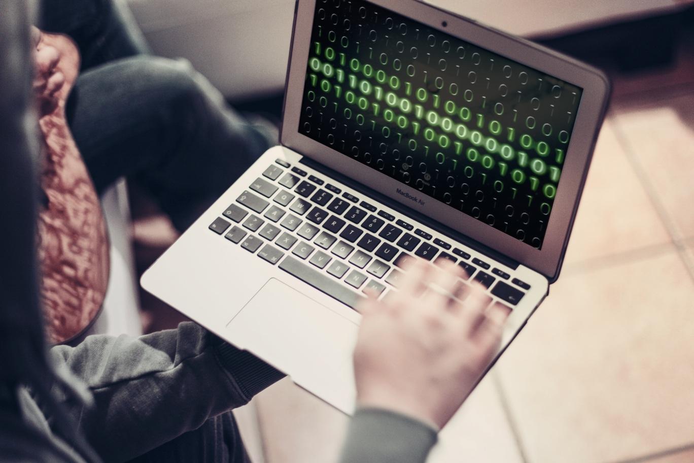 Płatności przez Internet? Poznaj 7 nowych zasad bezpieczeństwa