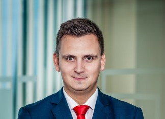 Mateusz Adamkiewicz HFT Brokers Dom Maklerski S.A.