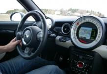 driver-739899_1280