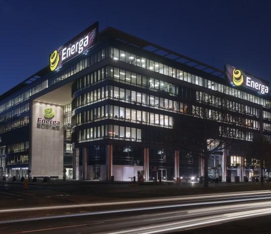 siedziba-enega-sa-gdansk-noca