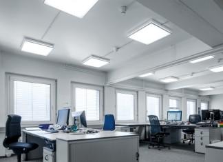 parametry oświetleniowe wymagane dla stanowisk, na których wykonuje się takie zadania, jak: pisanie ręczne, na maszynie, czytanie, obsługiwanie klawiatury, są niezmienne w ciągu roku