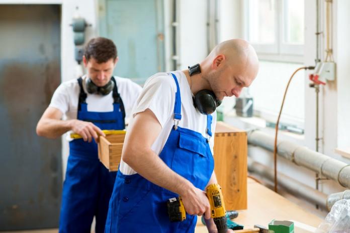 Polski sektor meblarski zgłasza coraz większe zapotrzebowanie na pracowników, i to na różnych szczeblach