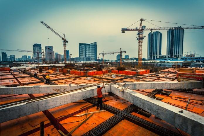 Budowa: Innowacje technologiczne w branży dźwigowej