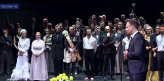 """Prezydent na premierze """"Kordiana"""" w Teatrze Narodowym"""