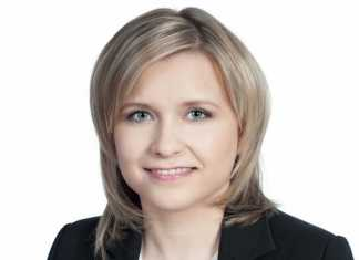 Dr Ewelina Stobiecka