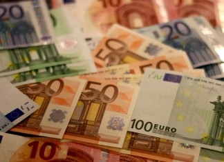 finanse euro pieniądze waluta