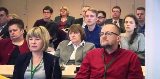 """U źródeł """"zielonej wyspy"""". Polski rynek pracy po 2008 r."""