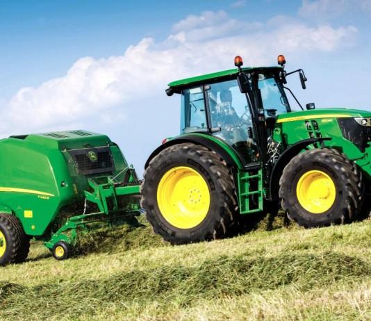 John Deere Polska traktor