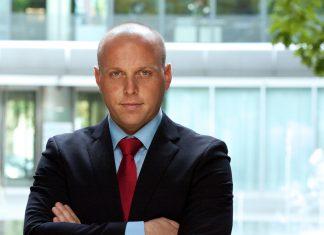 Listowski, Partner, Dyrektor Działu Powierzchni Przemysłowych i Logistycznych Cushman & Wakefield