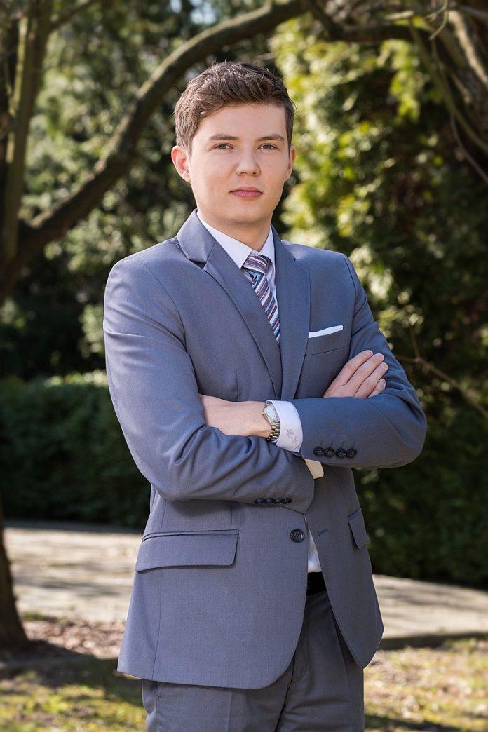 Adrian Karkoszka