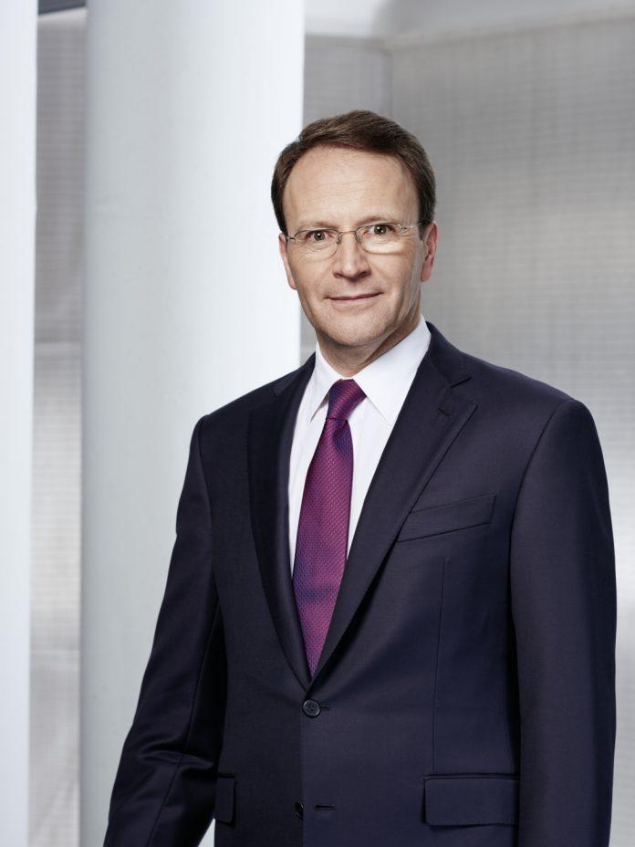 Ulf Mark Schneider, Nestlé