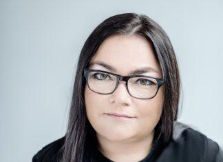 Agata Sekuła, Dyrektor Działu Rynków Kapitałowych Nieruchomości Handlowych w Europie Środkowo – Wschodniej, JLL