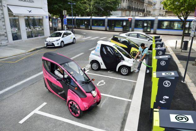 Elektryczne mikrosamochody Toyoty – COMS oraz i-ROAD (10)