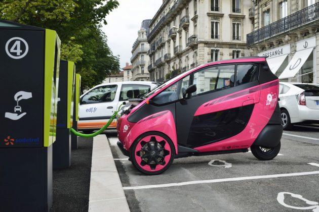 Elektryczne mikrosamochody Toyoty – COMS oraz i-ROAD (2)