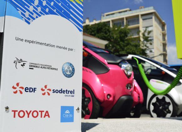 Elektryczne mikrosamochody Toyoty – COMS oraz i-ROAD (9)