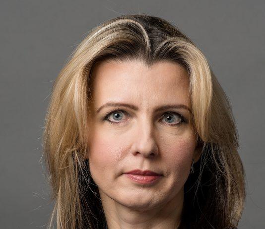 Iwona Żurawska, Intrum Justitia