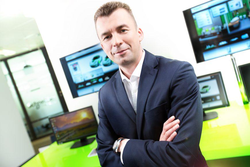 Ireneusz Martyniuk, Dyrektor Pionu Przemysłu w Schneider Electric Polska