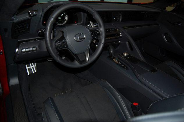 Lexus LC 500 (13)