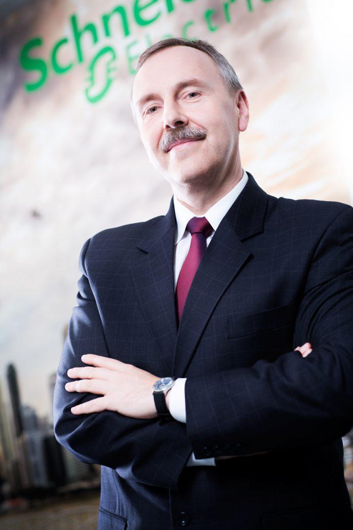 Michał Ajchel, Dyrektor Pionu Energetyki w Schneider Electric Polska