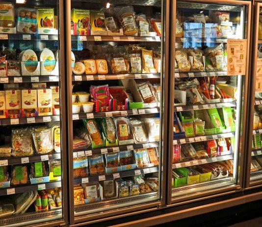 lodówka jedzenie sklep