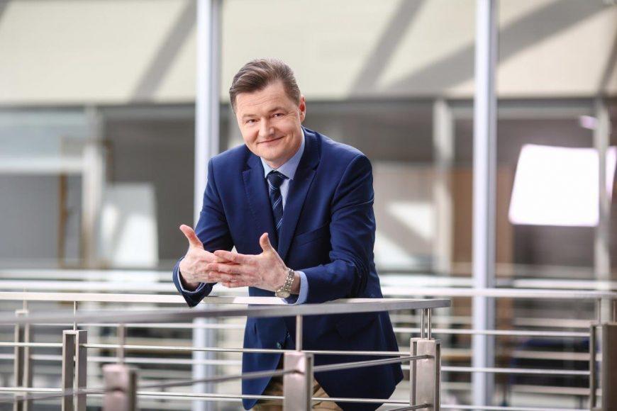 Bogusz Kuszak, Dyrektor Finansowy, Wiceprezes Zarządu, Spółka zależna SIG plc notowana na London Stock Exchange
