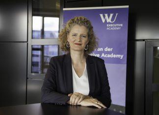 prof. Barbara Stöttinger