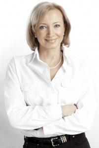 Katarzyna Swatowska, Via Media