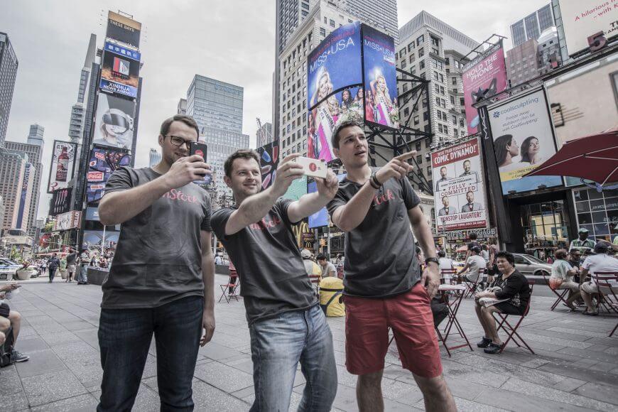 UnStock - Polski startup założony przed trzech kolegów: Jakuba Górajka, Kamila Goliszewskiego i Adama Cellary