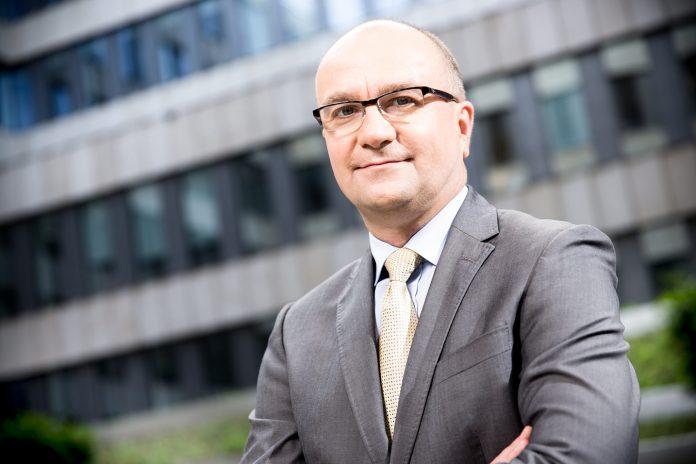 Jacek Łukaszewski, Prezes Schneider Electric Polska