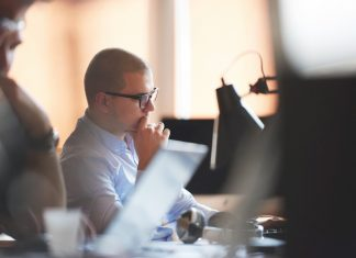 startup pracownik informatyk