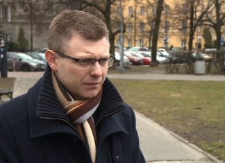 W Polsce język publiczny staje się coraz bardziej agresywny. To uniemożliwia skuteczny dialog