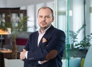 prezes Polskiego Taboru Szynowego Adam Laskowski