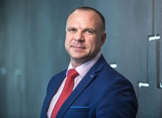 Martin Lipiński, szef działu Office AXI IMMO
