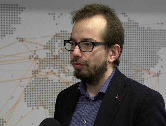Wraca dyskusja o przyjęciu przez Polskę euro. Rząd nie podejmie takiej decyzji bez poparcia społeczeństwa