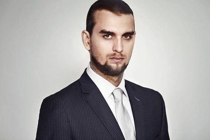 Krzysztof Sadecki, analityk biznesowy