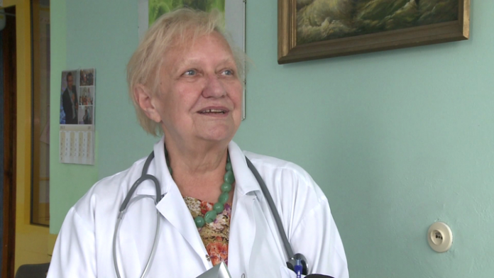 Polskie szpitale onkologiczne coraz bardziej przyjazne pacjentom. Zamiast długiej hospitalizacji krótkie wizyty i nowoczesne formy terapii