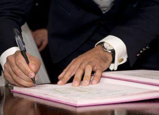 dokumenty podpis umowa