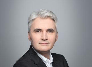 Mateusz Woźniak, Dyrektor Sprzedaży Systemów Produkcyjnych, Konica Minolta Business Solutions