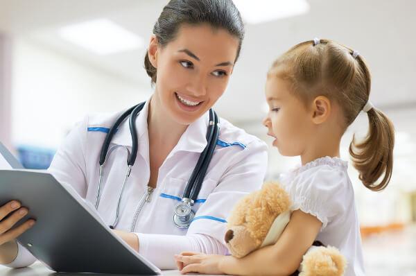 Quanto-ganha-um-pediatra