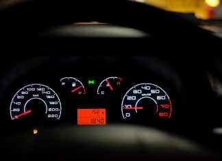 samochód benzyna