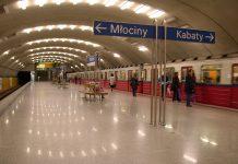 metro warszawa ludzie