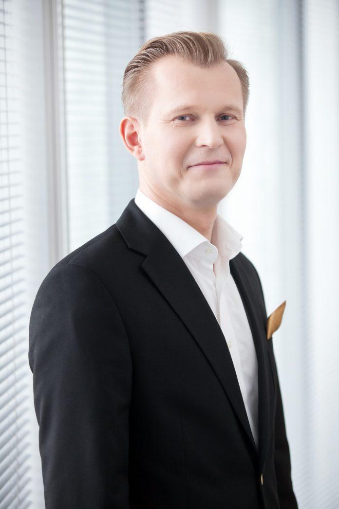 Marcin Siewierski, Dział Powierzchni Biurowych, Cushman & Wakefield