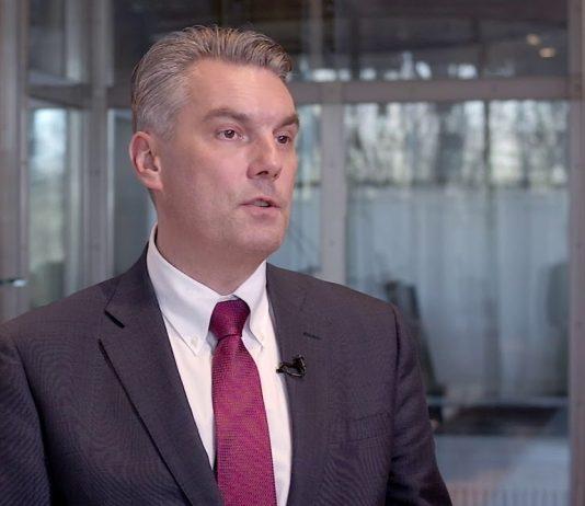 Aleksander Poniewierski, Partner/ Global IoT Leader w EY