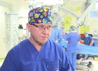 Nowa metoda leczenia dla osób z problemami słuchu. W Polsce przeprowadzono pierwszą w regionie operację wszczepienia nowoczesnych implantów