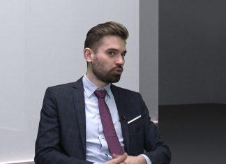 Dr Maciej Kawecki