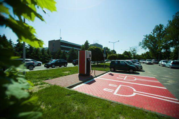 Stacja ładowania PKN ORLEN w Płocku (2)