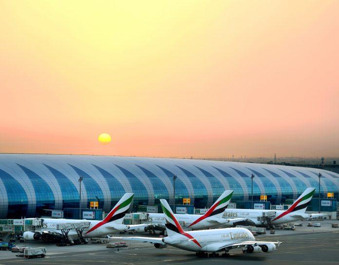 Linie Emirates - samoloty, lotnisko
