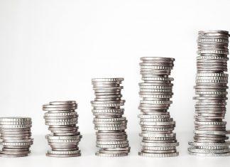 pieniądze pożyczka kredyt odsetki inwestycje